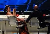 Foto/IPP/Gioia Botteghi 13/05/2016 Roma puntata finale di Italian_s got talent, sky, nella foto:    Nina Zilli, Claudio Bisio slogatura alla caviglia