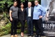 Foto/IPP/Gioia Botteghi 03/10/2016 Roma Presentazione del film deepwater, nella foto Mark Wahlberg e il produttore Lorenzo di Bonaventura con i distributori di Medusa