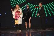 Foto/IPP/Gioia Botteghi 17/02/2017 Roma prima puntata della trasmissione STANDING OVATION rai uno, nella foto Antonella Clerici la conduttrice e la giuria con Romina Power, Loredana Bertè e Nec