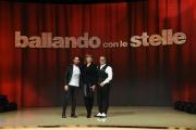 Foto/IPP/Gioia Botteghi 23/02/2017 Roma presentazione dela nuova edizione di Ballando con le stelle, nella foto: Valerio Scanu giuria di qualità con Milly Carlucci e Paolo Belli