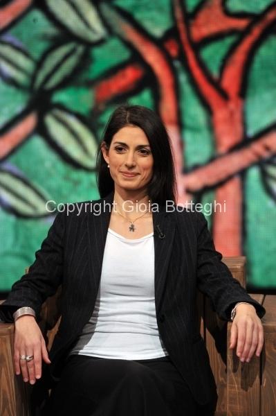 """Foto/IPP/Gioia Botteghi 17/01/2017 Roma La7 ospite di """"di Martedi"""" Virginia Raggi sindaco di Roma con Giovanni Floris"""