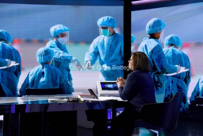 Foto/IPP/Gioia Botteghi Roma 23/02/2020   Trasmissione mezz'ora in più, Speciale Coronavirus, nella foto : Lucia Annunziata Italy Photo Press - World Copyright