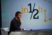 """20/11/2016 Roma Maurizio Landini e Matteo Renzi in confronto durante la trasmissione di Lucia Annunziata """"In Mezz'ora"""" di rai 3"""