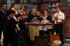 20/12/2015 Roma cifra finale telethon nella trasmissione i fatti vostri, nella foto: Montezemolo Frizzi, Insinna