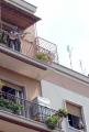 OMEGA/Gioia Botteghi 23/04/07Baglioni canta in Via Dei Noci a Roma, nella casa dove lui è nato, dal terrazzo del suo vecchio appartamento