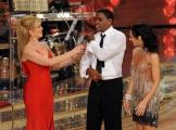 Roma 9/01/2010 prima puntata di BALLANDO CON LE STELLE, nella foto: Carl Lewis , Milly Carlucci e Nancy Berti