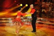 Roma 9/01/2010 prima puntata di BALLANDO CON LE STELLE, nella foto: Maurizio Battista e Vicky Martin
