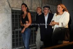 07/09/2015 Roma compleanno sotto casa di Camilleri, nelle foto anche il presidente della rai Monica Maggioni che è andata a prenderlo a casa