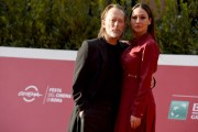 Foto/IPP/Gioia BotteghiRoma 24/10/2020 Festa del cinema di Roma Red Carpet  con Thom Yorke, nella foto con la moglie Dajana Roncione Italy Photo Press - World Copyright