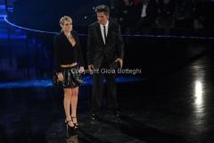 21/11/2011 Roma, seconda puntata dello spettacolo di Fiorello nella foto con Laura Chiatti
