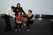 Roma 15/11/09 seconda puntata di GRAZIE A TUTTI, nella foto Gianni Morandi e Al Bano con la madre