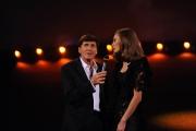 Roma 15/11/09 seconda puntata di GRAZIE A TUTTI, nella foto Gianni Morandi con Margaret Made
