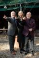 Gioia Botteghi OMEGA 2/02/07 presentazione del film ANNIBAL LECTER nelle foto: i produttori Dino De Laurentis con sua moglie ed il figlio Aurelio