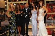 Roma 18/09/2009 trasmissione I migliori anni , nella foto Carlo Conti con le 4 ragazze: Sara Facciolini, Roberta Morise, Elena Ossola, Angela Tuccia