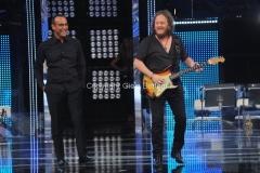 16/09/2011 Roma, prima puntata del programma I MIGLIORI ANNI, nella foto Carlo Conti con Zucchero