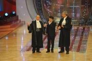 6/03/09 Roma prima puntata de I RACCOMANDATI nella foto Pupo con i giudici Luca giurato e Maurizio Casagrande
