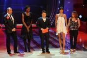 6/03/09 Roma prima puntata de I RACCOMANDATI nella foto Elisabetta Gregoraci , balla per la cugina Maria Boemi e Fiona May