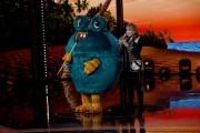Foto/IPP/Gioia BotteghiRoma 10/01/2019 nuovo programma di Rai uno Il cantante mascherato, nella foto , il mostro con Milly CalucciItaly Photo Press - World Copyright