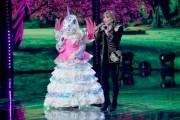 Foto/IPP/Gioia BotteghiRoma 10/01/2019 nuovo programma di Rai uno Il cantante mascherato, nella foto , l'unicorno con Milly CarlucciItaly Photo Press - World Copyright