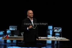 05/06/2015 Roma Nuovo programma di rai due in seconda serata IL VERIFICATORE, condotto da Umberto Rapetto