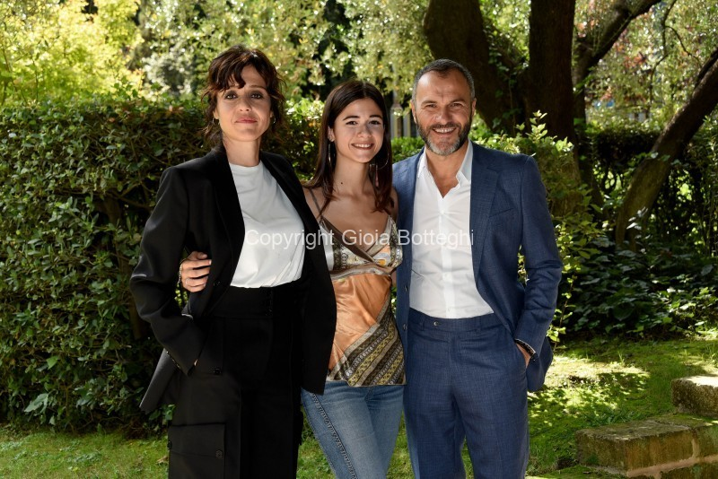 Foto/IPP/Gioia Botteghi Roma 16/09/2019 Presentazione della fiction di rai uno Imma Tatarani, nella foto: Massimiliano Gallo, Alice Azzariti, Vanessa Scalera Italy Photo Press - World Copyright