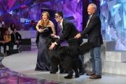 10/03/09 Roma prima puntata di INCREDIBILE raiuno, nella foto : Veronica Maya con un concorrente e Massimo Perla