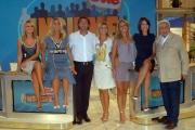 3/09/08 roma studi rai presentazione dello studio del programma presentato da milo infante _ insieme sul due_ nella foto: le 5 ragazze le gemelle silvia e laura squizzato, monica moselli, paola cambiaghi, ingrid muccitelli