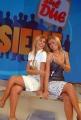 3/09/08 roma studi rai presentazione dello studio del programma presentato da milo infante _ insieme sul due_ nella foto: le 5 ragazze le gemelle silvia e laura squizzato,