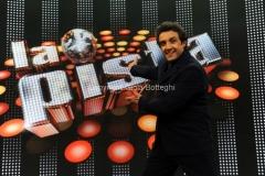 23/03/2014 Roma prima puntata della trasmissione di rai uno LA PISTA nella foto: il conduttore Flavio Insinna