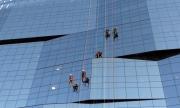 Foto/IPP/Gioia Botteghi 04/01/2018 Roma, il nuovo palazzo della BNL di via Tiburtina inaugurato a maggio oggi ha il primo lavaggio dei vetri Italy Photo Press - World Copyright