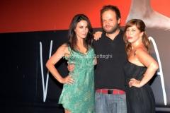26/07/2013 Roma Presentazione della fiction Ombrelloni, raidue nella foto:Regista Riccardo Grandi e Karin Proia con Michela Andreozzi