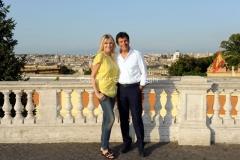 Roma 21/07/2012 trasmissione rai PER TUTTA LA VITA nella foto: N. Stefanenko e F. Frizzi