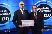 30/11/2016 Roma porta a porta speciale referendum , ospiti : Angelino Alfano