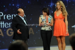 19/07/2015 Roma premio La giara su rai due nella foto: Giancarlo Magalli e Francesca Veltri seconda classificata