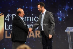 19/07/2015 Roma premio La giara su rai due nella foto: Giancarlo Magalli e il vincitore 2015 Alessandro Musto