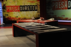 """07/02/2016 Roma scenografia della trasmissione"""" Presa diretta"""" rai tre"""