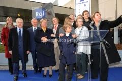 16/12/2011 Roma, Presentazione della targa dedicata a Biagio Agnes nella sede rai di Saxa Rubra, nella foto Rosella Agnes, Garimberti, Lei, Letta, Laurito e tutta la famiglia Agnes
