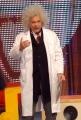 8/05/08 roma prima puntata di _scommettiamo che_ nella foto: i alessandro cecchi paone travestito da Einstein
