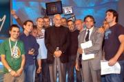Gioia Botteghi/OMEGA 13/10/06 Trasmissione Domenica in con Pippo Baudo e Sean Connery nella foto ha posato con tutto il cast tecnico dello studio tv