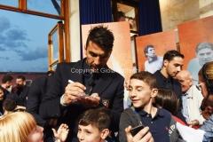 31/05/2016 Roma puntata speciale SOGNO AZZURRO, nella foto Buffon con i bambini delle scuole calcio