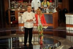 26/04/2013 Roma seconda puntata di La terra dei cuochi presentato da Antonella Clerici con Davide Scabin