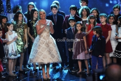trasmissione natalizia in onda il 23/12/2011 di TI LASCIO UNA CANZONE speciale Natale, nella foto Antonella Clerici 27/11/2011 Roma