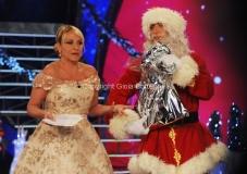 trasmissione natalizia in onda il 23/12/2011 di TI LASCIO UNA CANZONE speciale Natale, nella foto Antonella Clerici e Massimiliano Pani versione Babbo Natale 27/11/2011 Roma