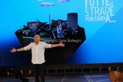 26/10/2013 Roma Maurizio Battista nella sua trasmissione di rai due in onda da novembre in prima serata TUTTE LE STRADE PORTANO A...