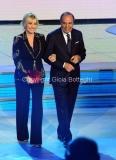 19/12/2014 Roma serata speciale Un mondo da amare per rai uno, nella foto : Antinella Clerici e Bruno Vespa