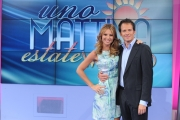 04/06/2011 Roma, UNO MATTINA ESTATE week end, i conduttori: Ingrid Muccitelli e Gianni Milano