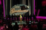 25/01/08 prima puntata della trasmissione di raiuno UOMO E GENTILUOMO nella foto : Milly Carlucci con i concorrenti